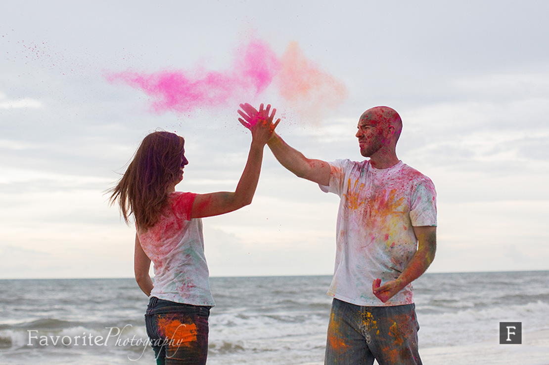 High Five Holi Powder Engagement Picture