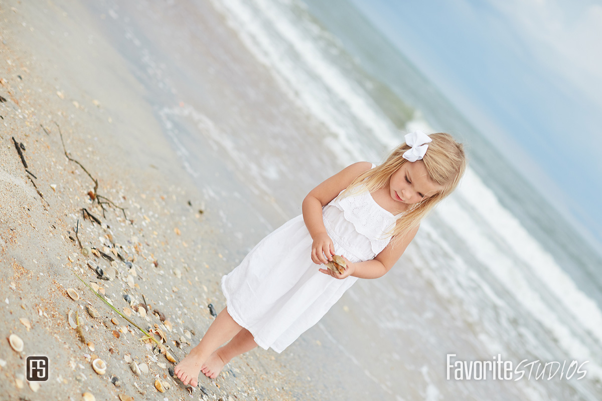 beautiful family beach photographer