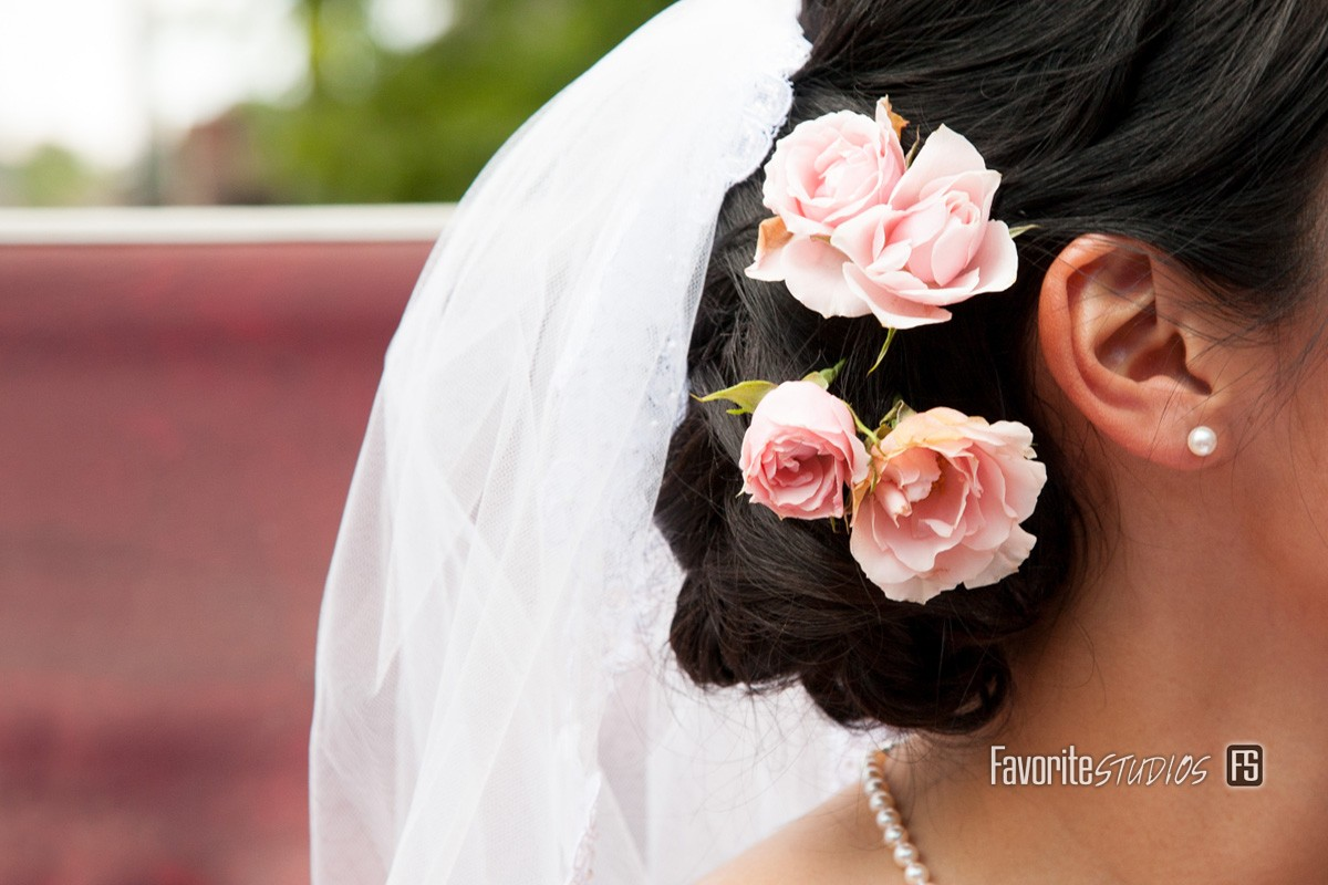 Intimate Wedding Details, Flowers, Hair, Outdoor, Natural Lighting. Photographers, Photos, Florida