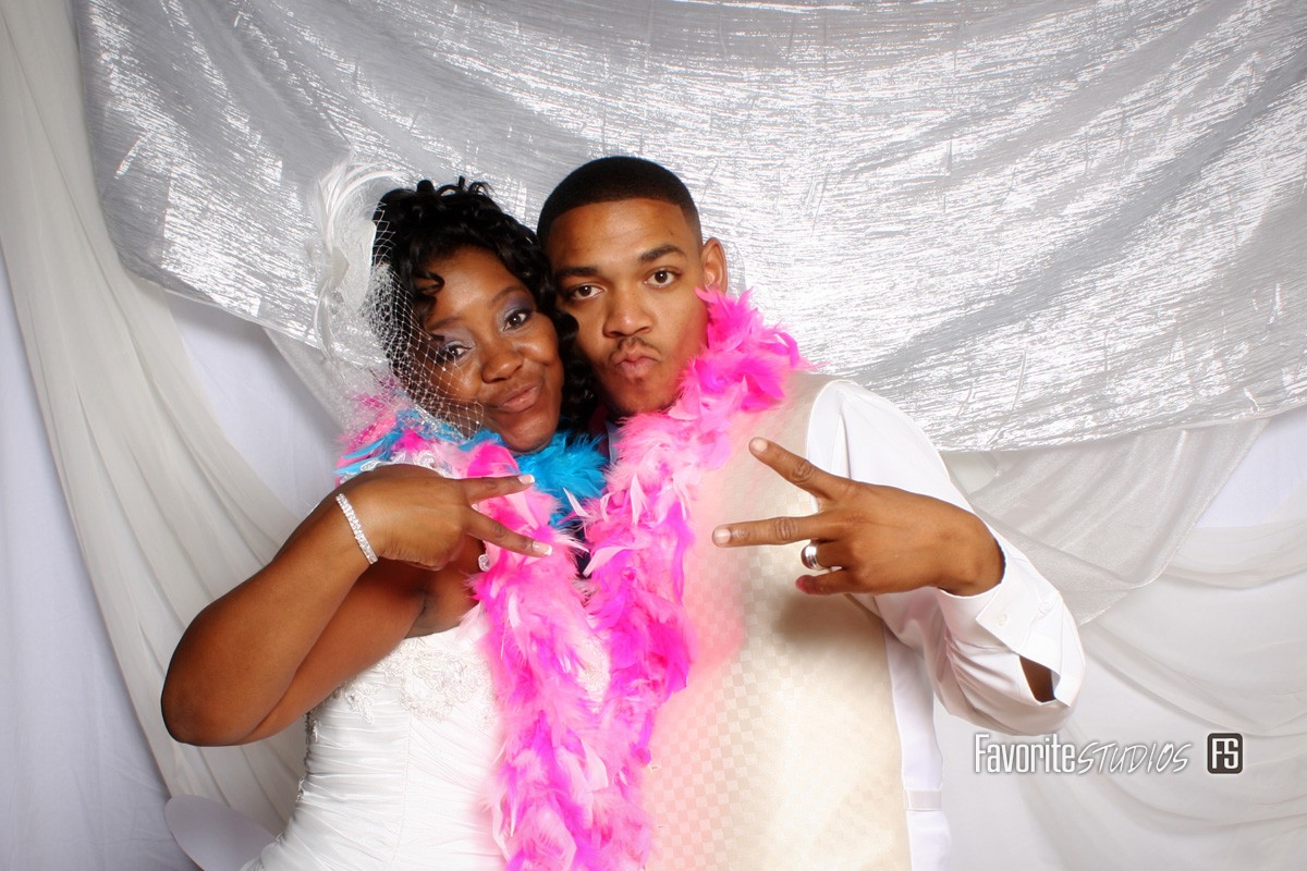 SmileStand Florida Photo Booth, Weddings, Events, Props, Photographer