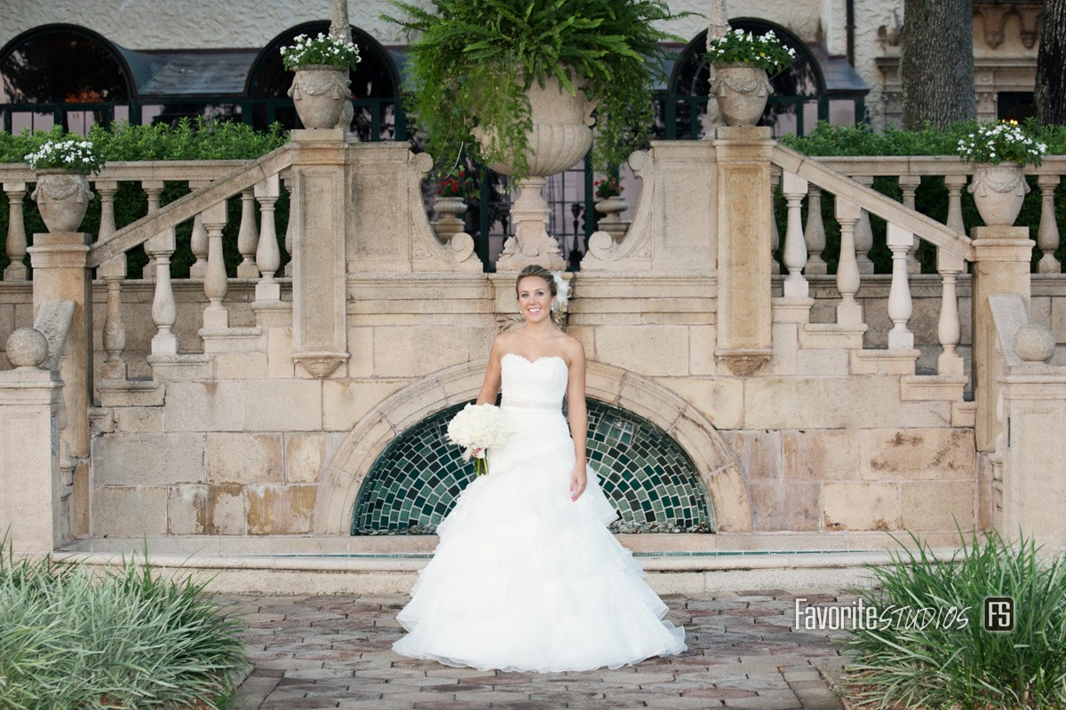 Stunning Bride Photo by Favorite Studios Jacksonville Wedding Photographer at Epping Forest Yacht Club